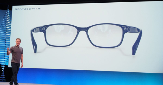 Facebook F8 Mark Zuckerberg Occhiali Glasses Realtà Aumentata Uagna.it