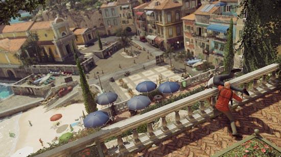 Hitman lancia nemico da un balcone della città Sapienza